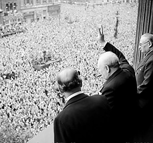 Churchill and King George VI on VE Day